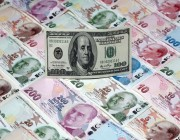 الليرة التركية تنخفض مقابل الدولار