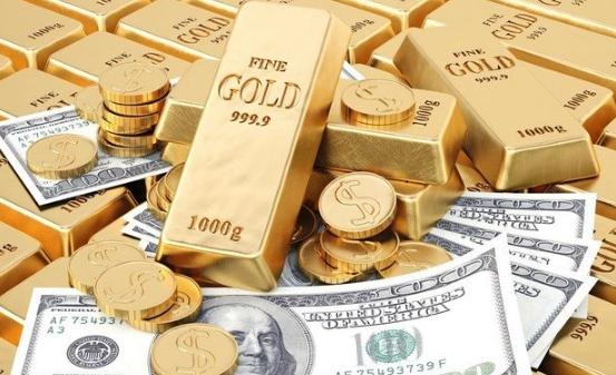 الذهب يرتفع للأسبوع الثالث مع تراجع الدولار