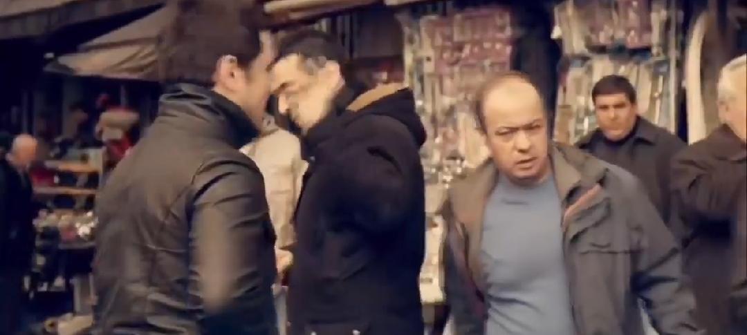 ماذا يفعلون بالسياح في اسطنبول  !!