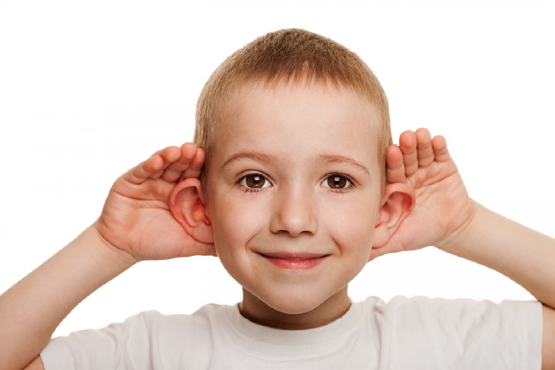7 نصائح مفيدة تُنمي مهارات الاستماع لدى أطفالك